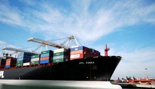 Logistik Container Schiff